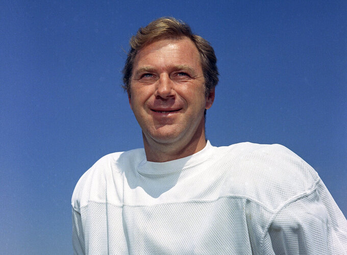 FILE - In this 1970 file photo, Baltimore Colts' Jimmy Orr poses for a photo, location not known. Orr, a sure-handed wide receiver who played for the Pittsburgh Steelers and the Colts, died Tuesday, Oct. 27, 2020. He was 85. His death was confirmed Wednesday by Edo Smith and Sons Funeral Home in Brunswick, Ga. (AP Photo, File)