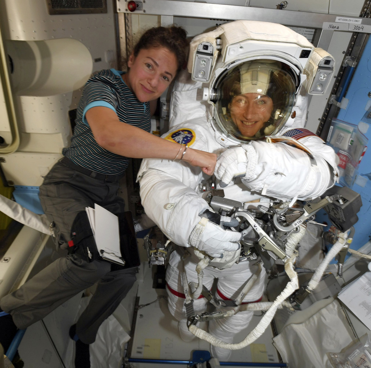 Astronauts lug 180kg replacement batteries to space station