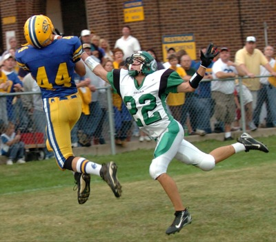 Fake field goal pushes St. Marys past Celina | The Daily ...