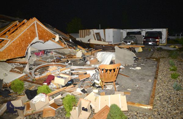 Tornado leaves heavy damage in wake | The Daily Standard Stories